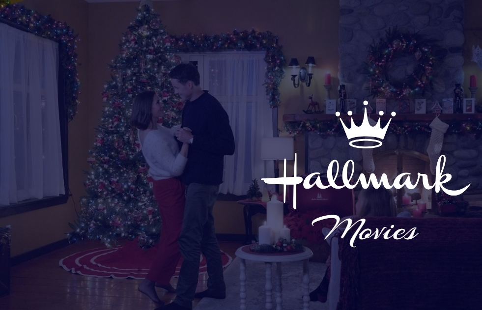 12 Things In Hallmark Christmas Movies That Only Romantic People Notice