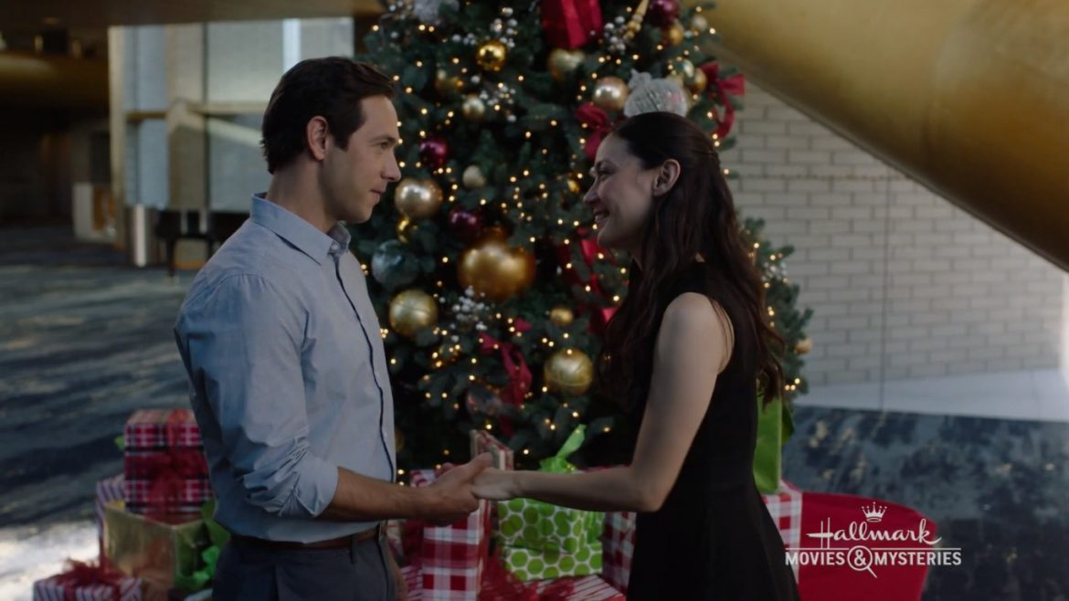 The Christmas Bow (2020) Cast, Release date, Plot, Trailer